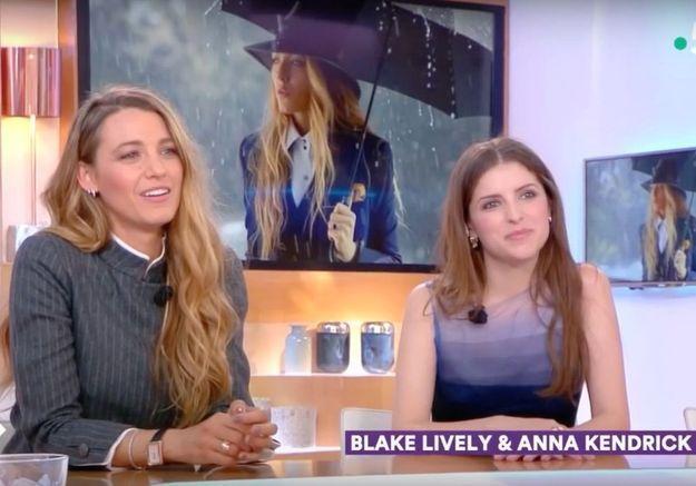 « C à Vous » : quand Blake Lively et Anna Kendrick apprennent des gros mots français