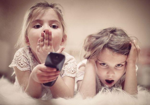 Coronavirus : pendant le confinement, France Télévisions fait l'école à la maison
