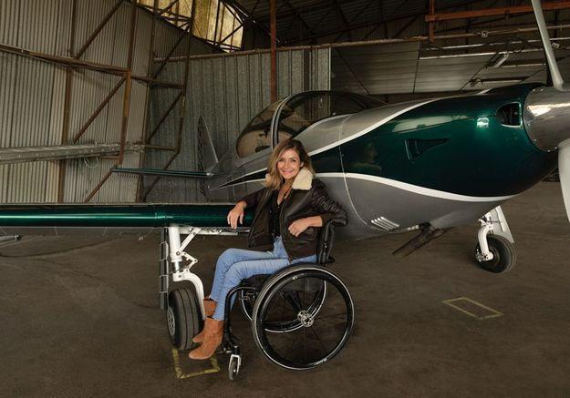 Dorine Bourneton, paraplégique et pilote d'avion : « Aux commandes d'un avion, j'ai l'impression d'être libre »
