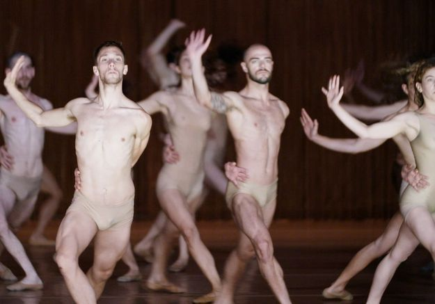 « Let's dance » : le docu qui nous fait virevolter !
