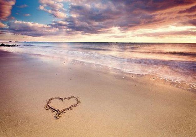 C'est mon histoire d'été : « J'ai vécu une passion sur une île paradisiaque… Pendant deux semaines »