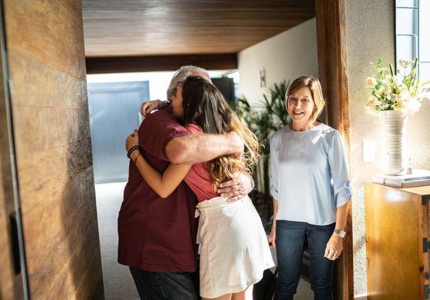« Le syndrome du nid vide » : quand les enfants partent, les parents pleurent