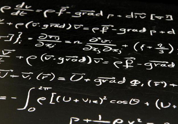 Les gens intelligents se couchent tard, sont désordonnés et disent des gros mots, c'est scientifiquement prouvé.