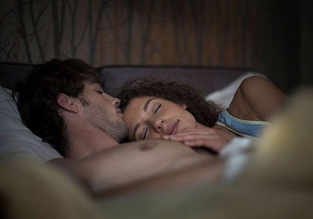 Nuit de noces : combien de couples font vraiment l'amour ce soir-là ?