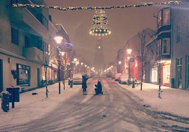 #PrêtàLiker : quand Internet aide à retrouver ce couple fiancé en Islande