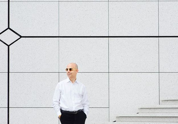 Le philosophe Fabrice Midal nous aide à survivre à une rentrée morose