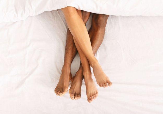 Nouveaux plaisirs : 4 bonnes raisons de tester la masturbation réciproque
