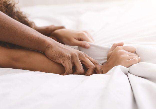 Le « queening », cette pratique sexuelle où la femme a le pouvoir