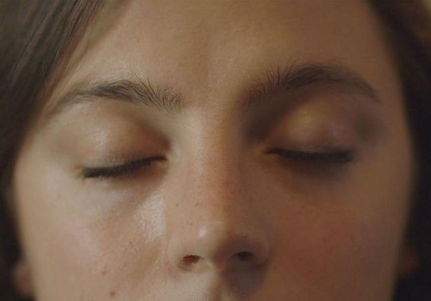 Plaisir sexuel : la mini-série CLIMAX vous montre comment vous faire du bien