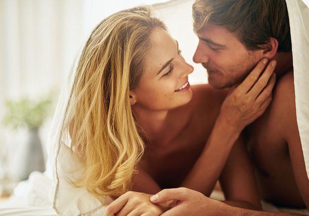 Se regarder dans les yeux pendant le sexe: pourquoi c'est bon, pourquoi on le fait