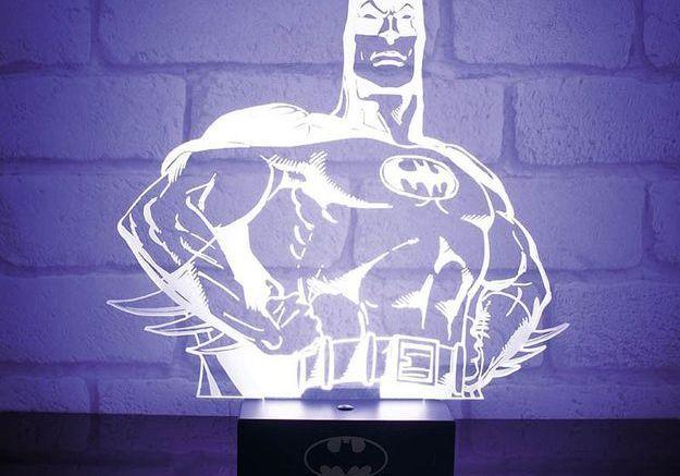 Une lampe super héros