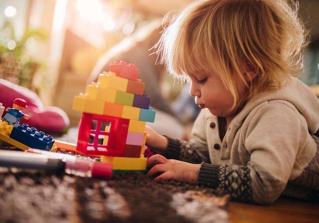 Comment appliquer la méthode Montessori à la maison