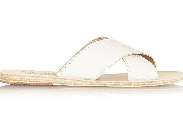 Claquettes en serpent blanc Ancient Greek Sandals printemps été 2015