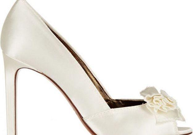 Escarpins blancs avec noeud