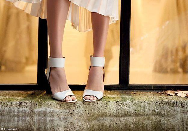 On veut toutes des chaussures à son pied