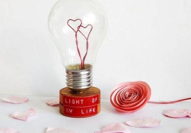 Des cadeaux de mariage personnalisés pour les mariés