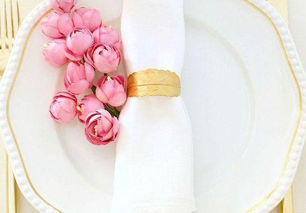 Rond de serviette romantique