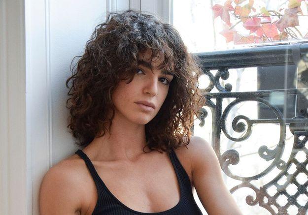 L'interview vitalité de Yousra Mohsen, danseuse au Crazy Horse