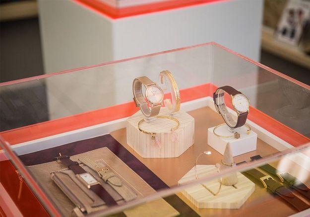 Nos participants peuvent admirer les nouveaux modèles Louis Pion sur le village ELLE RUN New Balance