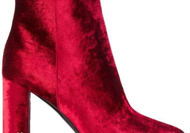 Bottes rouges en velours Yves Saint Laurent