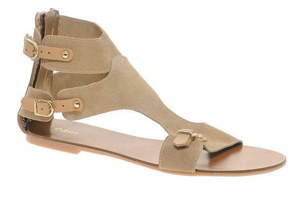 Mode guide shopping tendance accessoire chaussues sandales plates Asos daim boucle cuir