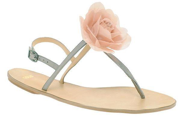 Mode guide shopping tendance accessoire chaussues sandales plates Asos sandale fleur