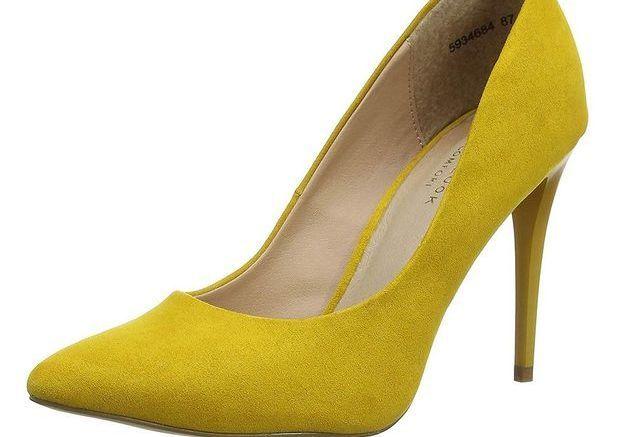 Des escarpins jaunes