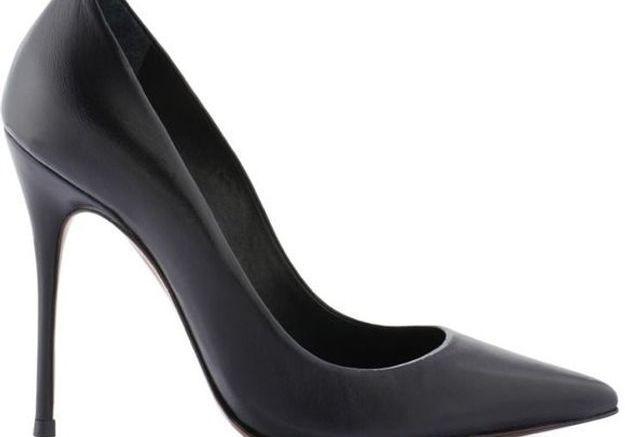 Escarpins noirs à talons aiguilles Cosmo Paris