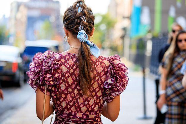 Un foulard dans les cheveux