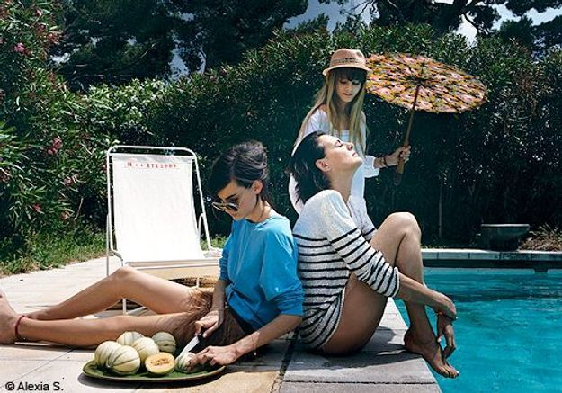 En vacances avec Ines de la Fressange. 1, 2, 3 Soleil !