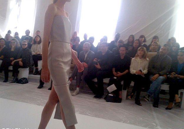 Défilé Maison Martin Margiela : prêt-à-porter été 2013 jupe blanche