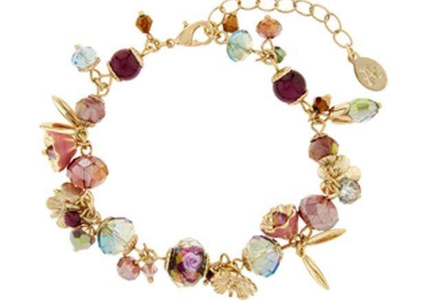 Bracelet à charms et perles