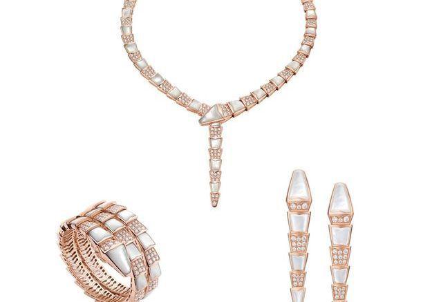 Parure bijoux nacre Bulgari