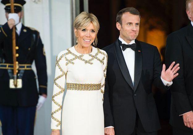 Une robe qui lui va à merveille ! (Emmanuel n'est pas mal non plus)