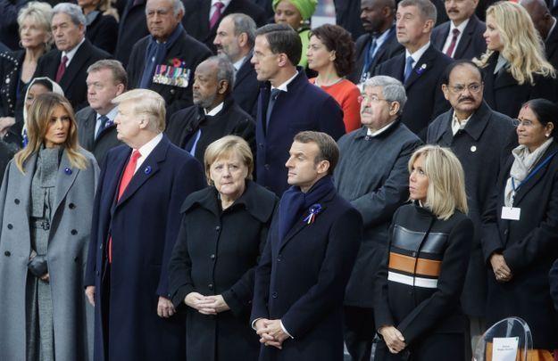 Melania Trump et Brigitte Macron accompagnées de leurs époux et d'Angela Merkel