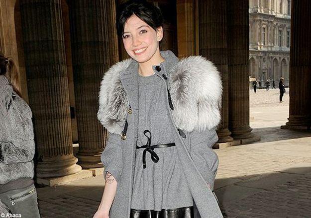 On copie le look glamour de Daisy Lowe