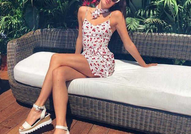 La robe légère de Sara Sampaio