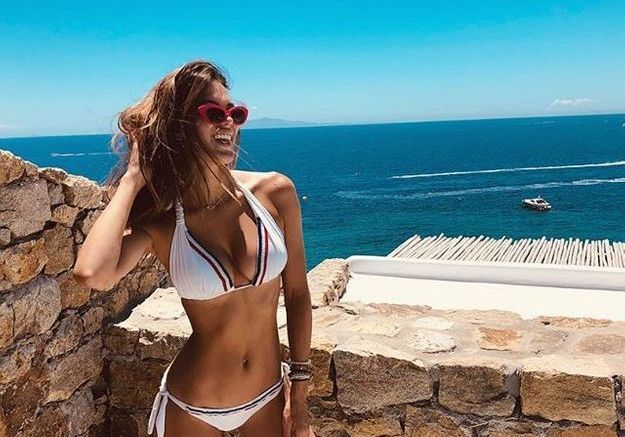 Bikini blanc à liseret bleu blanc rouge