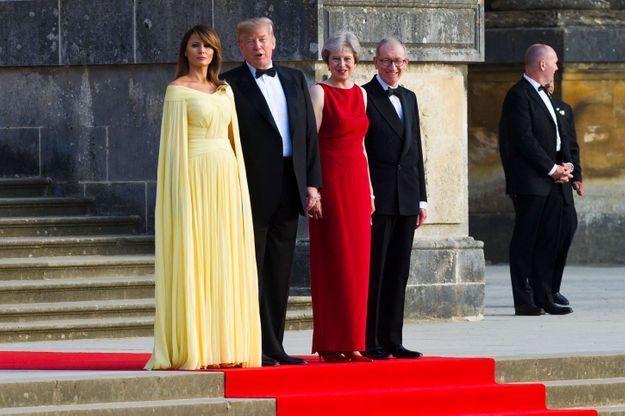Le couple présidentiel américain aux côtés de Theresa et Philip May