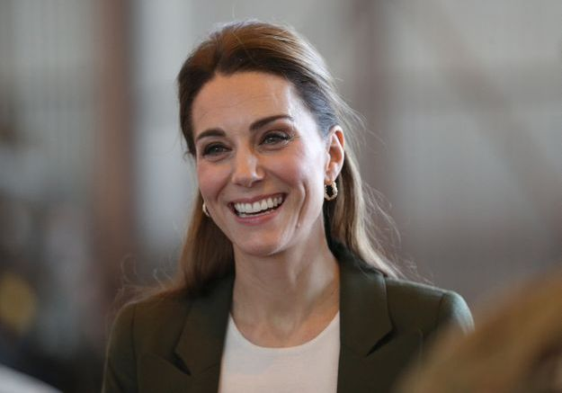 On s'inspire du look de Kate Middleton pour prendre l'avion !