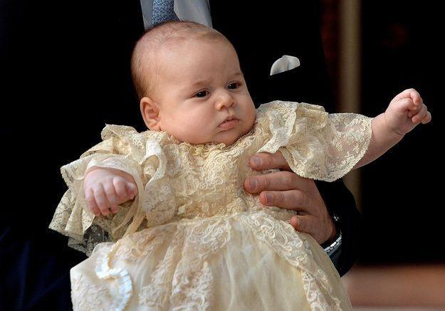 On sait déjà ce que portera le prince Louis pour son baptême !