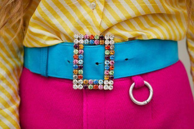 Une ceinture bijoux, tu attacheras