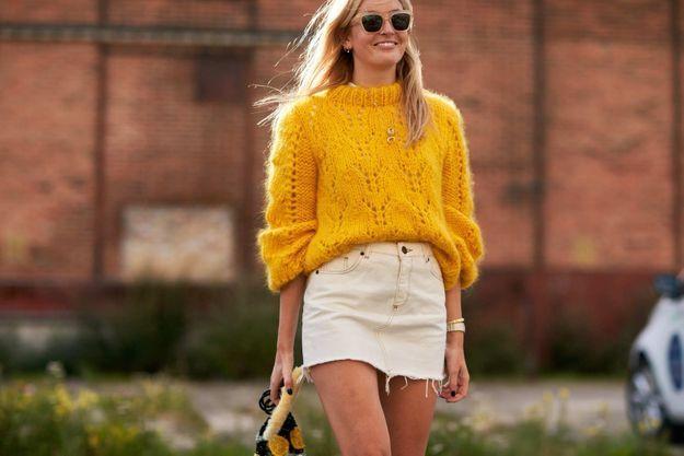 Une grosse maille + une jupe en jean