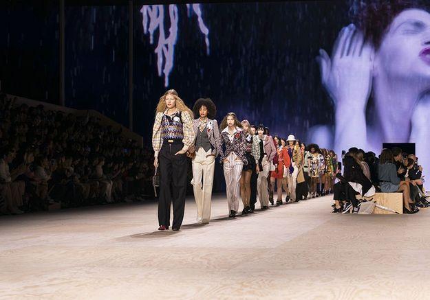Fashion Week printemps-été 2022 : que faut-il attendre de ce prochain mois de défilés ?
