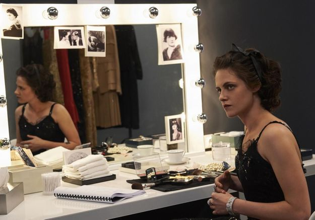Chanel : découvrez les premières images de Kristen Stewart dans la peau de Coco Chanel