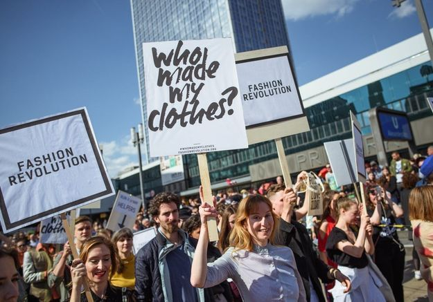 Comment la Fashion Revolution Week tente de changer le monde de la mode