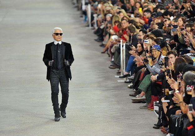 Disney prépare une série sur Karl Lagerfeld