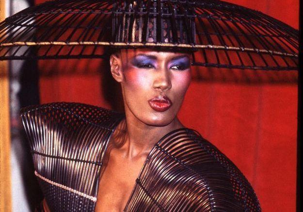 Grace Jones : retour sur les looks d'une pionnière du style