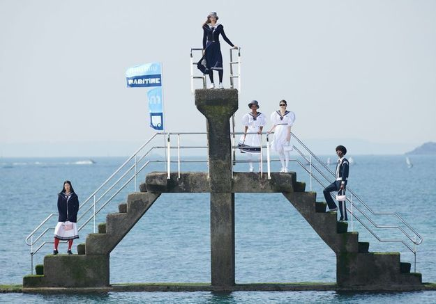 L'instant mode : Pour sa collection Maritime, Miu Miu nous emmène à Saint-Malo