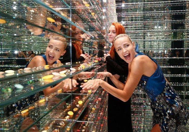 L'instant mode : Swarovski dévoile les secrets de fabrication des cristaux avec la Manufaktur